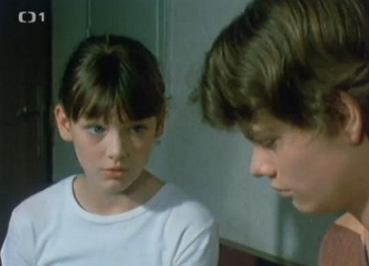 Monika byla dětskou hereckou hvězdou.