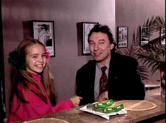 Lucie Vondráčková s Karlem Gottem v dětském pořadu Marmeláda