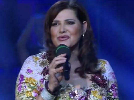 Ilona Csáková potěšila nadšené diváky.