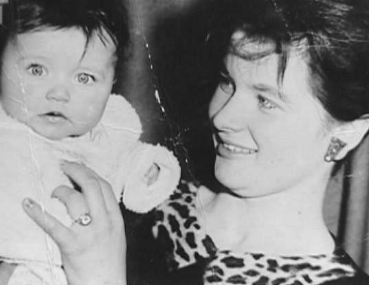 Simona Chytrová s maminkou.