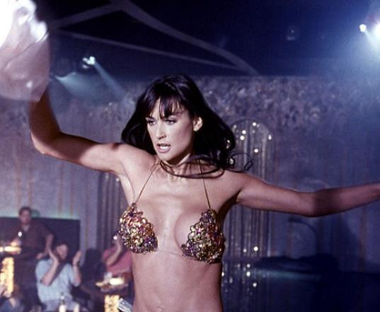 Ve filmu Striptýz se neustále svlékala.