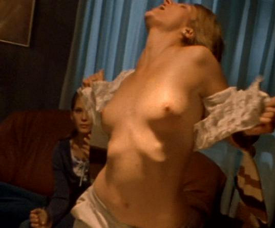 Takto se Anna Polívková svlékala v Boleru.