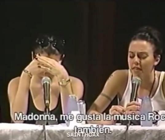Victoria si zavzpomínala na momenty, kdy jí nebylo zrovna do zpěvu.