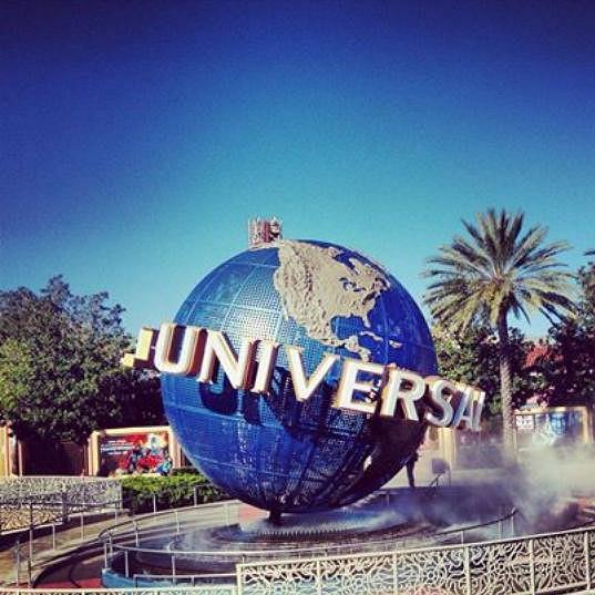 Dvojice strávila celý den v zábavním parku filmového studia Universal.