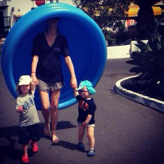 Simona je na dovolené stejná jako každá máma. Myslí hlavně na to, aby byly spokojené její děti.