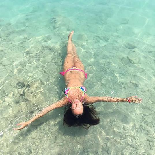 Kamila Nývltová si užívá s rodinou dovolenou v Egyptě.