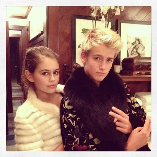 Kaia a Presley mají do modelingu dobře nakročeno. Rodiče Cindy Crawford a Rande Gerber jsou z oboru.