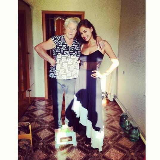 Ruská modelka a její babička