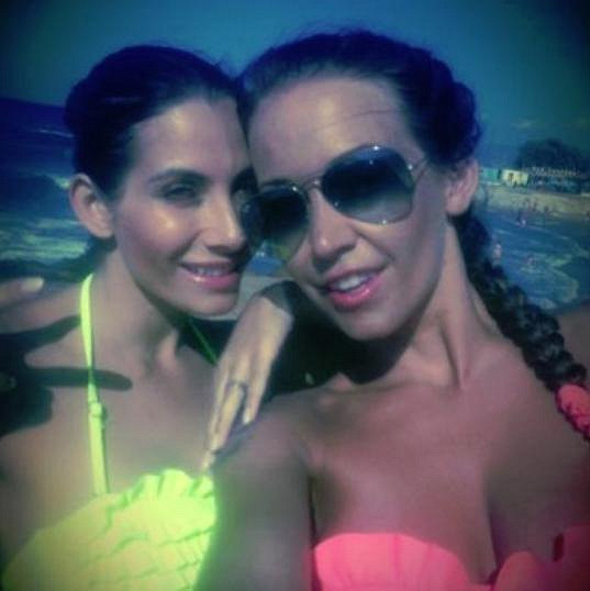 V Řecku se Agáta potkala s moderátorkou Evou Decastelo.