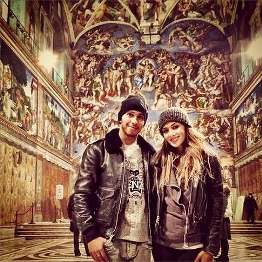 Nicole s Lewisem trávili minulý týden v Římě. Zavítali rovněž do Sixtinské kaple.