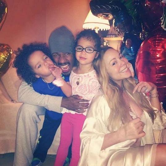 Rodinná pohodička i s manželem Nickem Cannonem