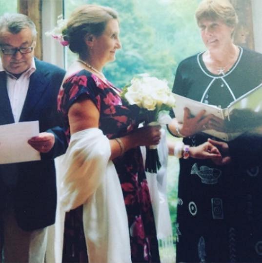 Výtvarníka Miroslava Zdeňka si vzala herečka v Americe.
