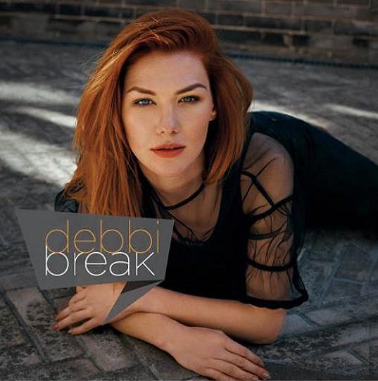 Písně z alba budou zařazeny na koncertě ke Dni otců 18. června na Střeleckém ostrově, kde Debbi s kapelou vystoupí.