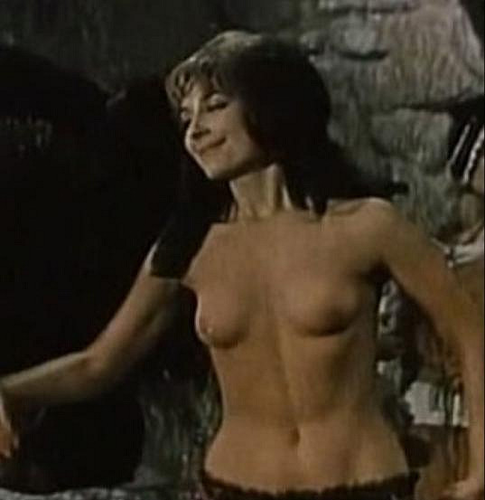 Zora Kolínska se ukázala téměř nahá ve filmu Odhalenie Alžbety Báthoryčky.