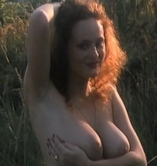 Markéta Hrubešová okouzlovala svou nahotou ve filmu Golet v údolí.