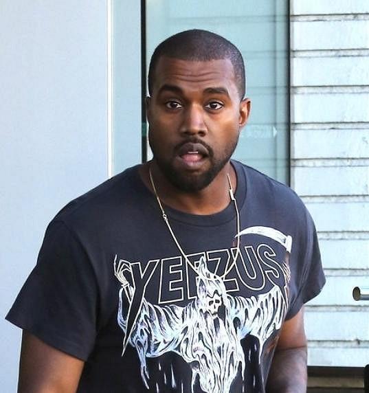 Rozzuřený Kanye West hájil čest své snoubenky.