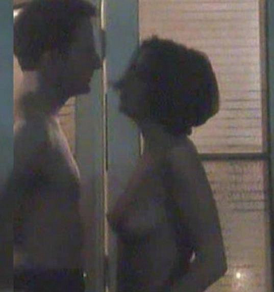 Soňa Norisová během natáčení milostné scény