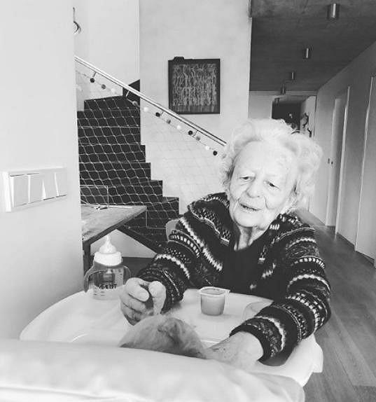 Agátina babička je i po devadesátce velmi vitální