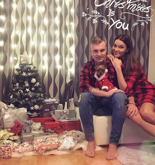 Nikol Švantnerová s přítelem Jakubem Horou
