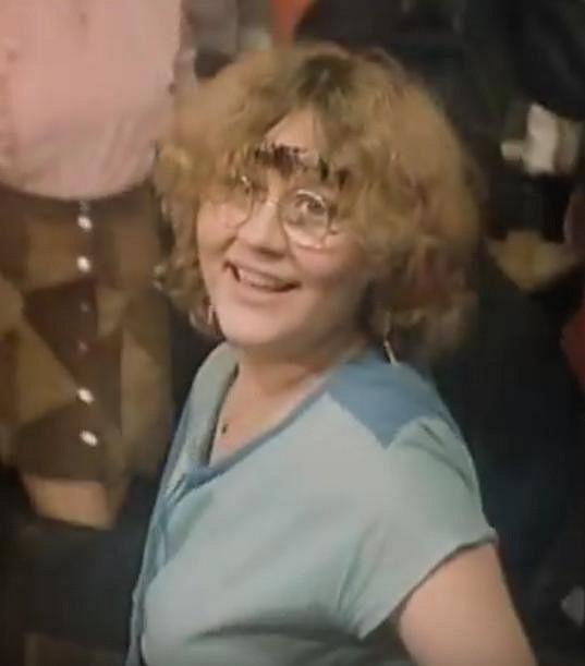 Lucie Juřičková jako studentka Sáša (1984)