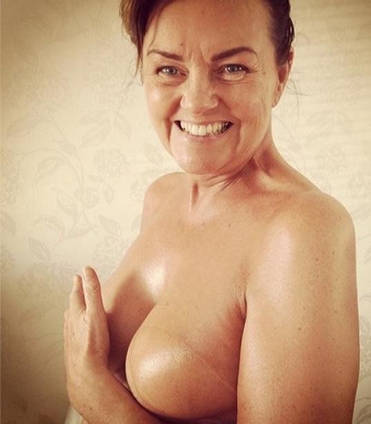 Modelka zveřejnila poměrně intimní snímek své maminky.