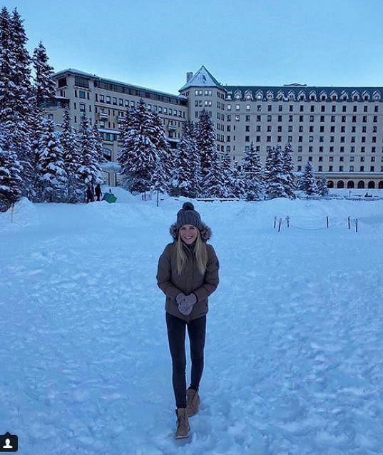 Veronika je z kanadské zimy nadšena.