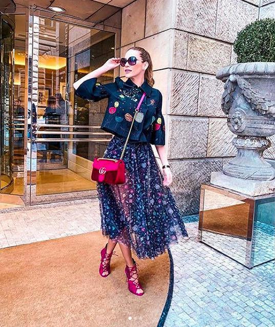 Andrea si na akce týdne módy dovoluje obléknout extravagantní kousky.