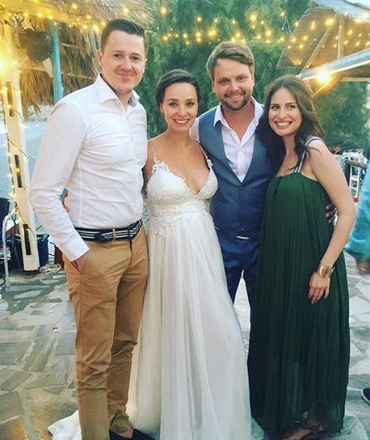 Na svatbě Pepy Vágnera v létě nechyběla ani Betka Bartošová s přítelem.