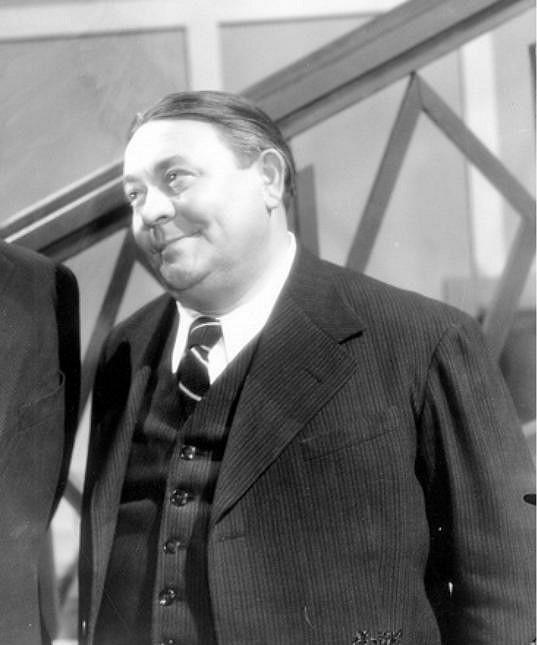 A tady ve snímku Mravnost nade vše (1937)