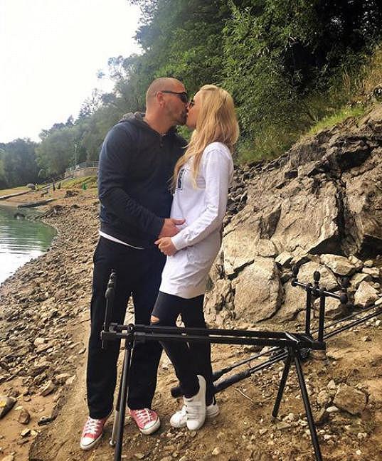 Kateřina Kristelová vyrazila s Tomášem Řepkou na ryby.