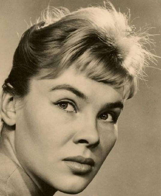 Valentina Theilová byla erotickým symbolem jedné generace.
