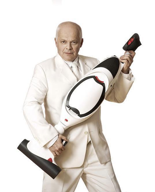 V pondělí ho čeká premiéra komediální one man show Vysavač.
