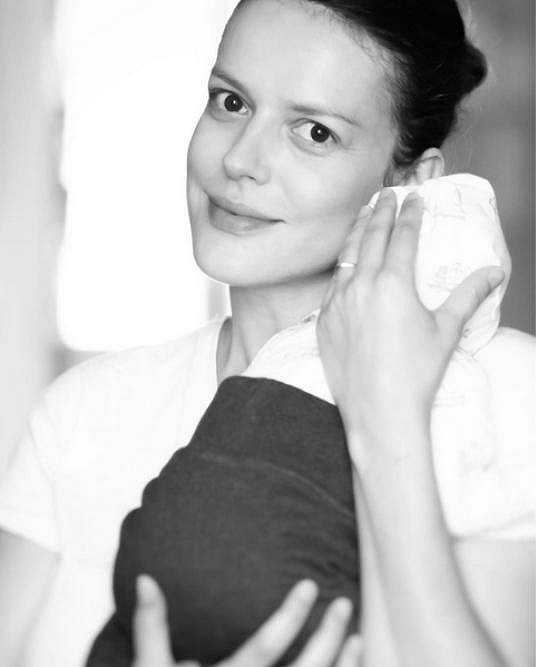 Andrea Růžičková, za svobodna Kerestešová, se svým milovaným chlapečkem.