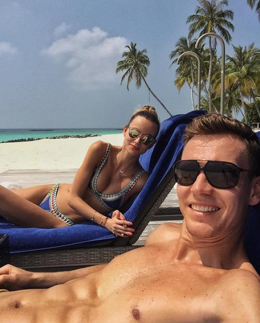 Ester Berdych Sátorová si s manželem Tomášem užívá dovolenou na Maledivách.