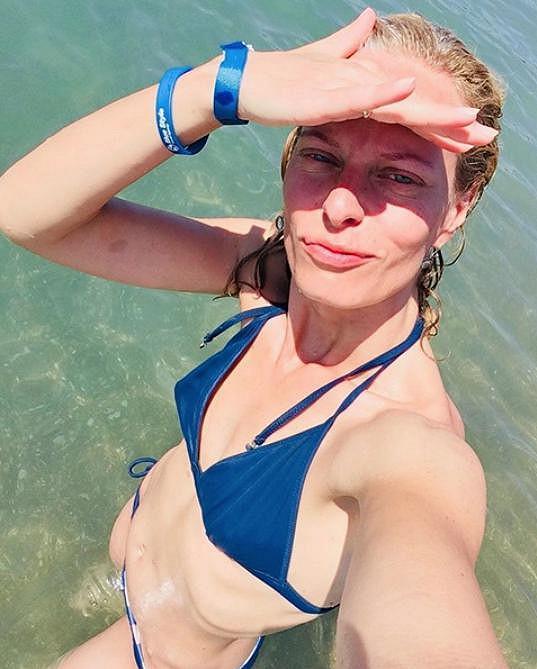 Kristina Kloubková se ukázala v plavkách.