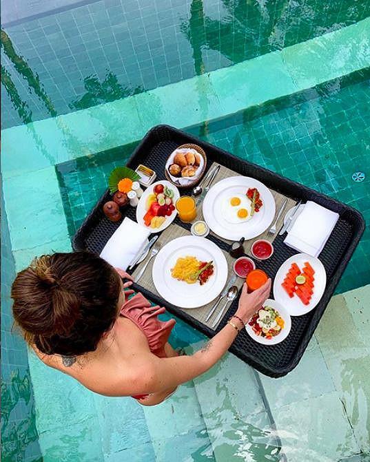 Takhle se snídá v pětihvězdě na Bali.