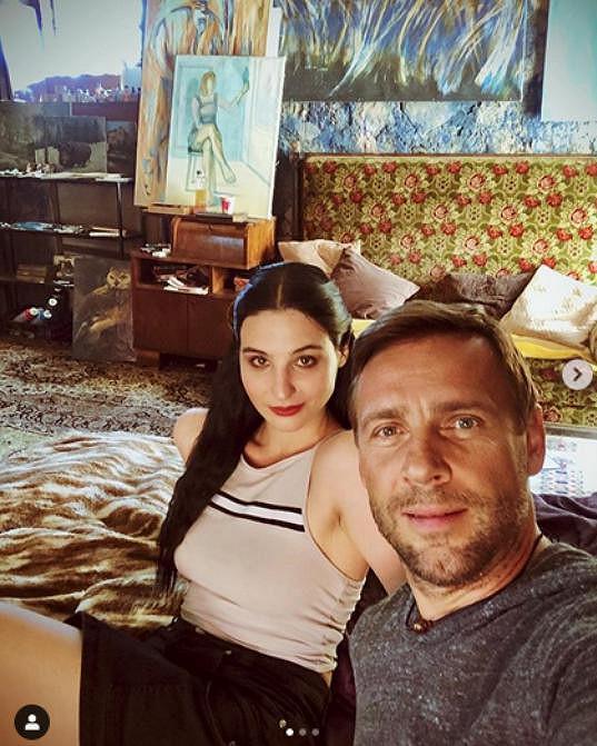 S Romanem Vojtkem Fialová natáčí seriál Hvězdy nad hlavou.