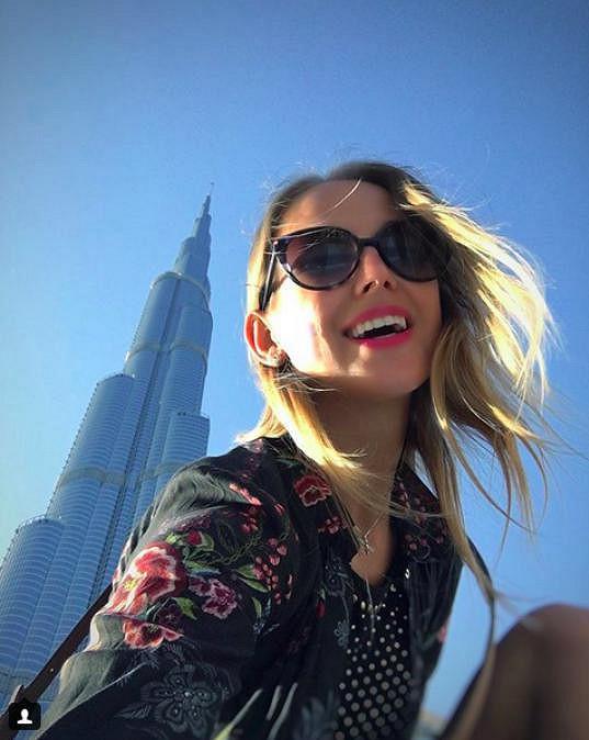 Selfie a Burj Khalifa v pozadí