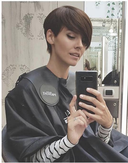 Gábina Lašková se rozhodla vrátit ke krátkým vlasům.