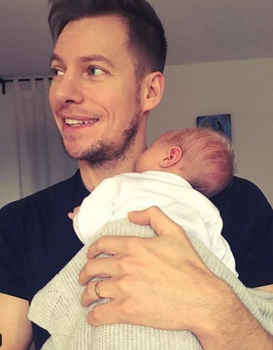 Thomas Puskailer je pyšným tatínkem syna Noaha.