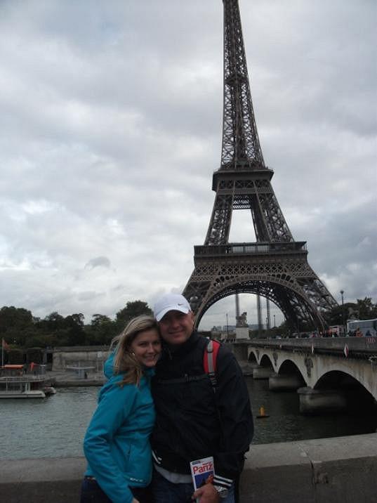 Monika s manželem Petrem Paříž milují.