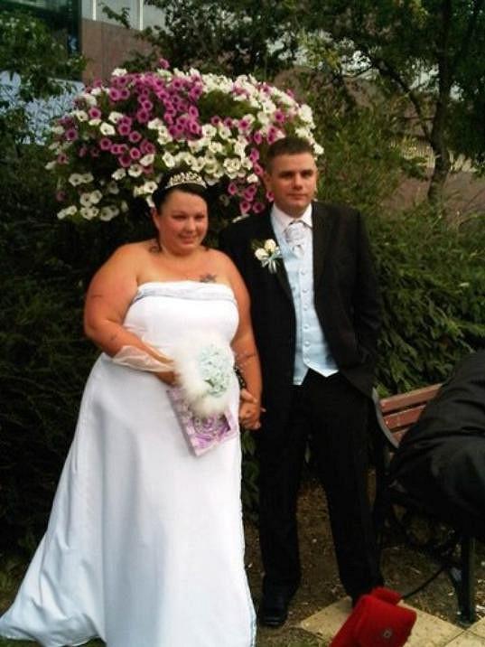 Svatební fotografie byly pro Chloe Dodds jako zlý sen...