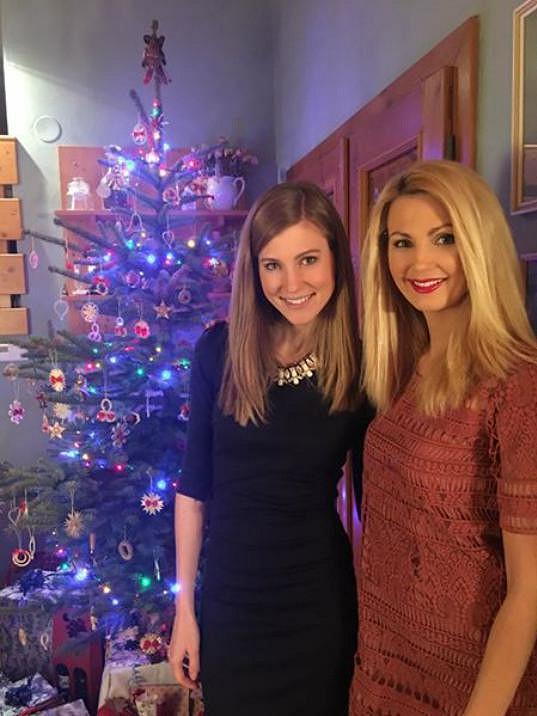 Sandra Parmová s o pět let mladší sestrou