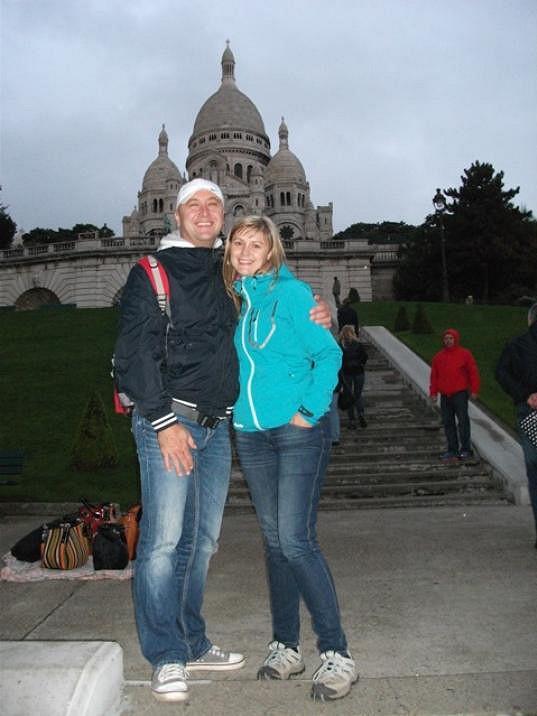 Před měsícem byla s manželem v Paříži