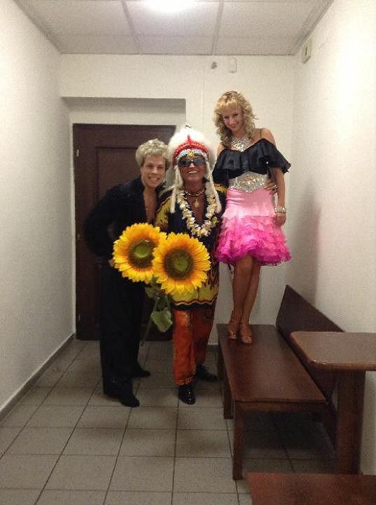 Na plese v Plzni se Honza s Lucií potkali s Danielem Nekonečným.