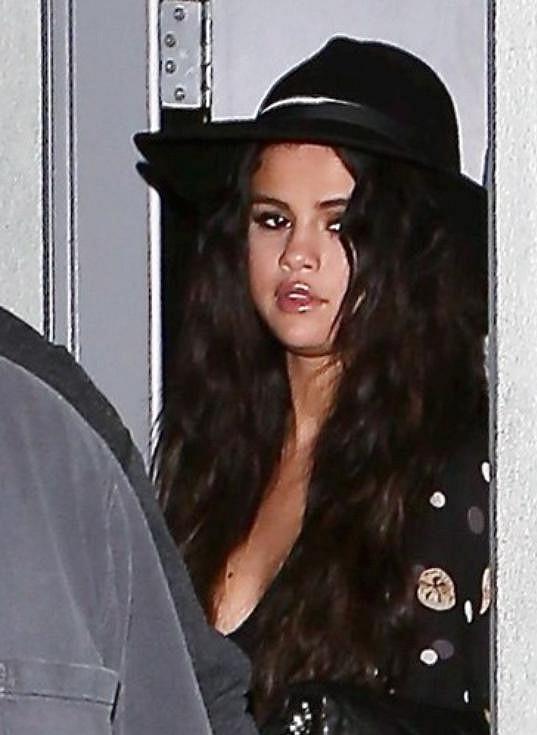 Selena Gomez se u Justina Biebera dospělosti asi nedočká...