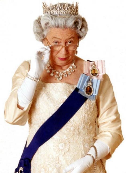 Je považována za nejlepší dvojnici Alžběty II.
