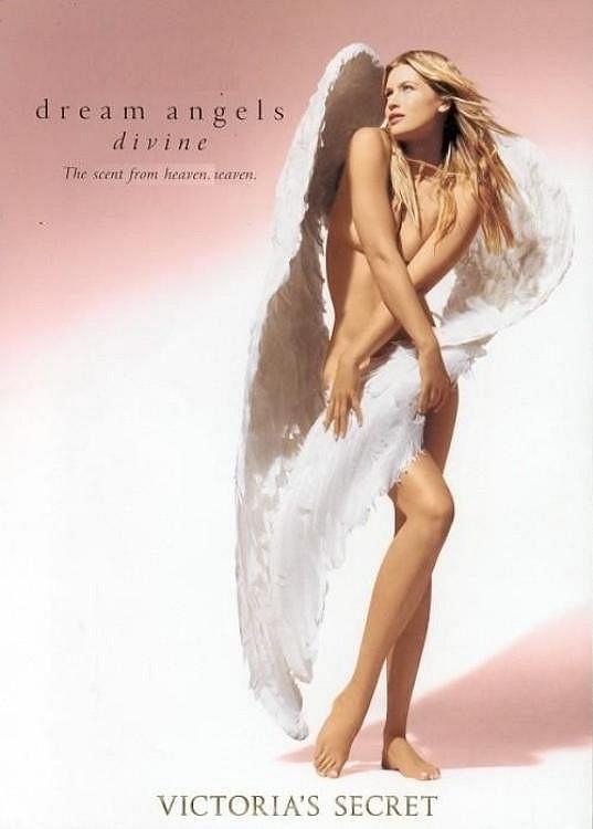 Pro Victoria's Secret pracovala od roku 1997 do roku 2001. Nyní si ji opět vybrali do kampaně.