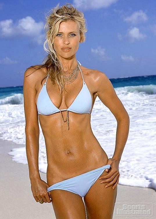 Fotka ze slavného plavkového vydání Sports Illustrated