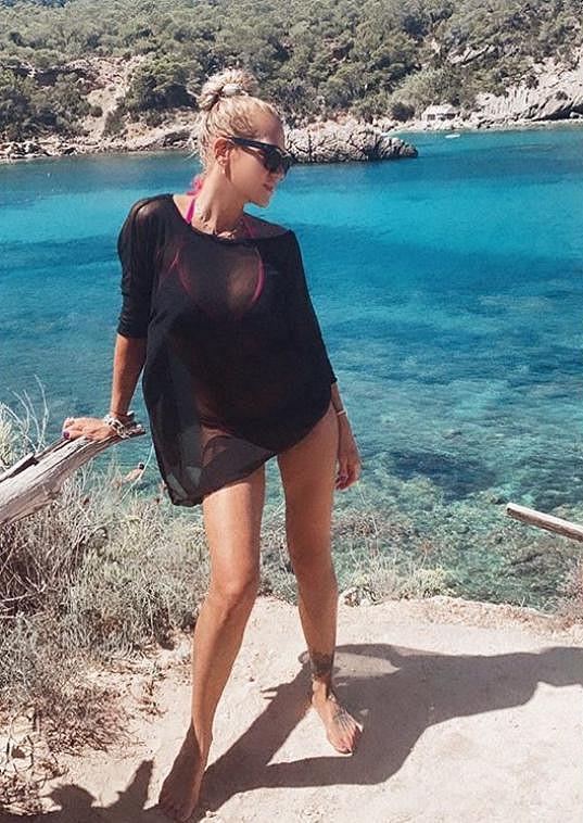 Na dovolenou odletěla Dara na španělský ostrov Ibiza.
